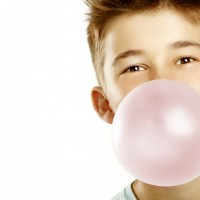 Wait a minute… is chewing gum good or bad for my child?